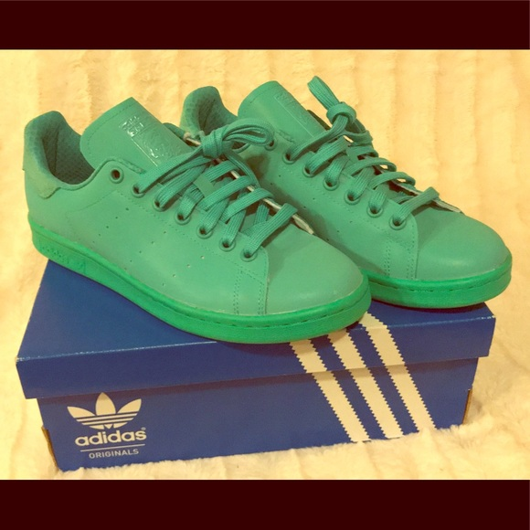 timeless design 34dcd 8af1a adidas Originals Stan Smith adicolor sneakers